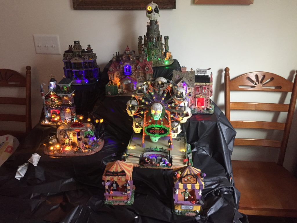 Spooky Town Halloween Village Set-Up