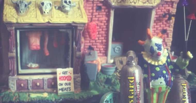 7 Tips for a Spooktacular DIY Halloween Village
